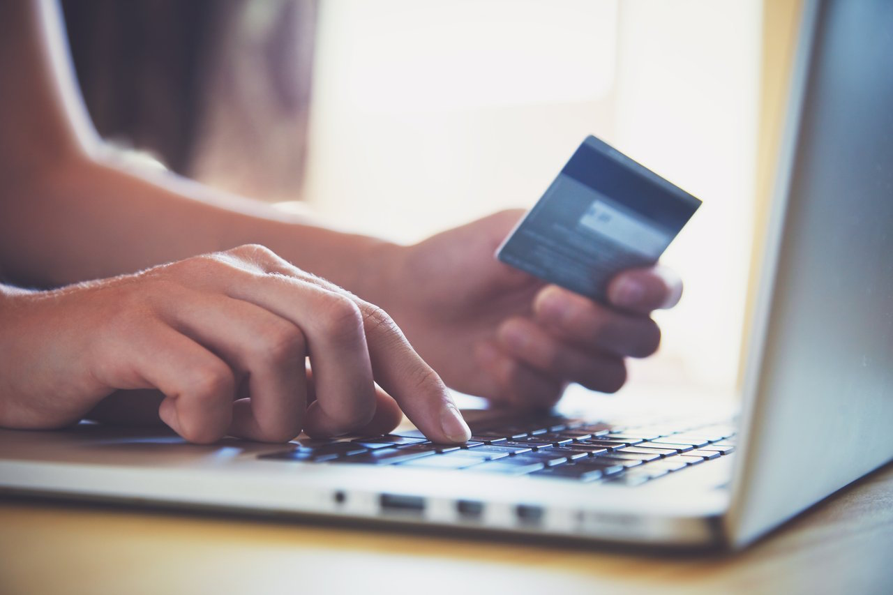 online safety hacks - online shopping