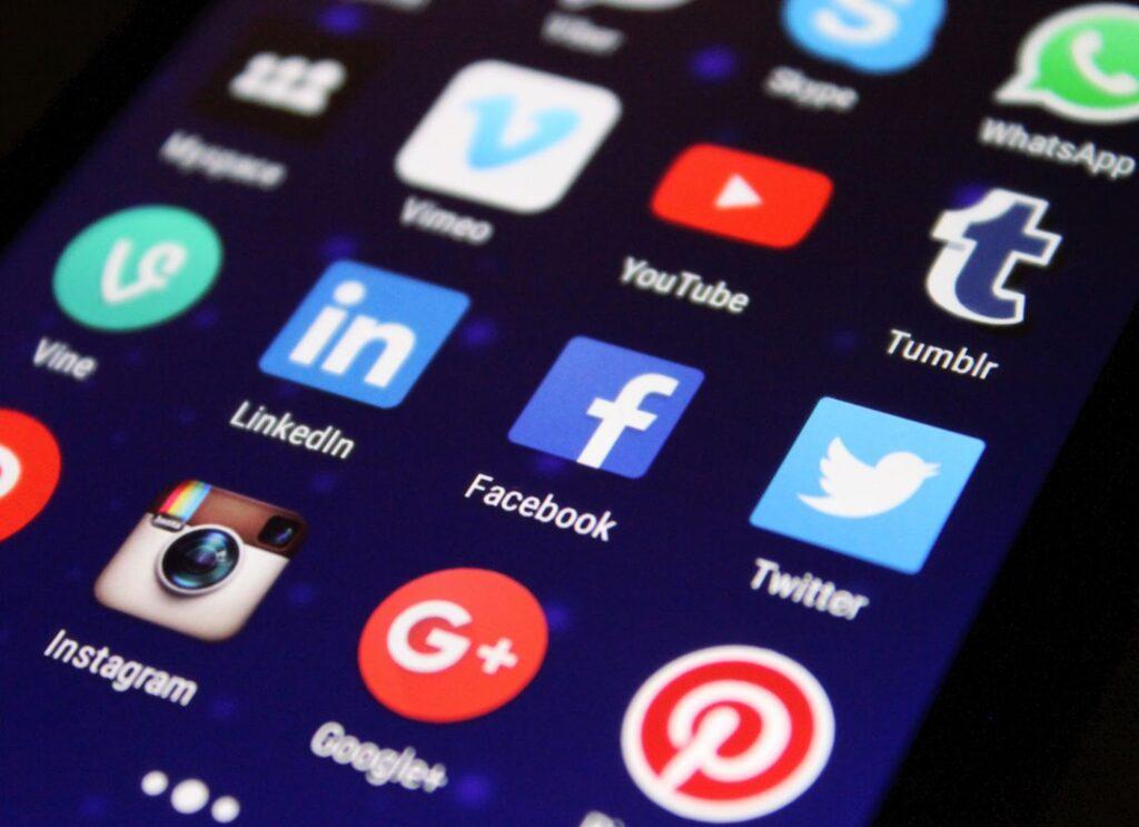 digital marketing vs traditional marketing - what is digital marketing