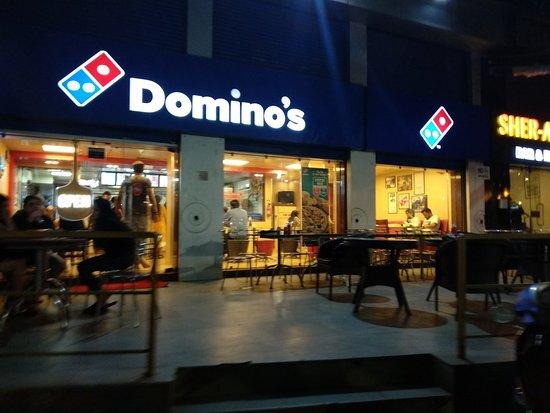SWOT Analysis of Dominos - domnios restaurant  | IIDE