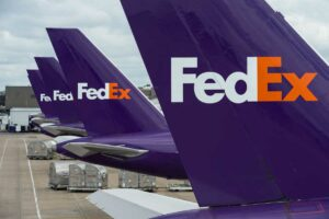 FedEx Planes   SWOT analysis of FedEx   IIDE
