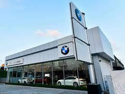 BMW Place Strategy - Marketing Mix of BMW | IIDE