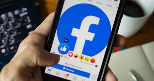 Facebook Product Strategy - Marketing Mix of Facebook | IIDE