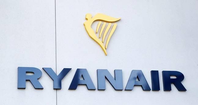 Ryanair Logo | Marketing Strategy of Ryanair | IIDE