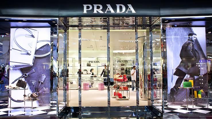 Prada Showroom   Marketing Mix of Prada   IIDE
