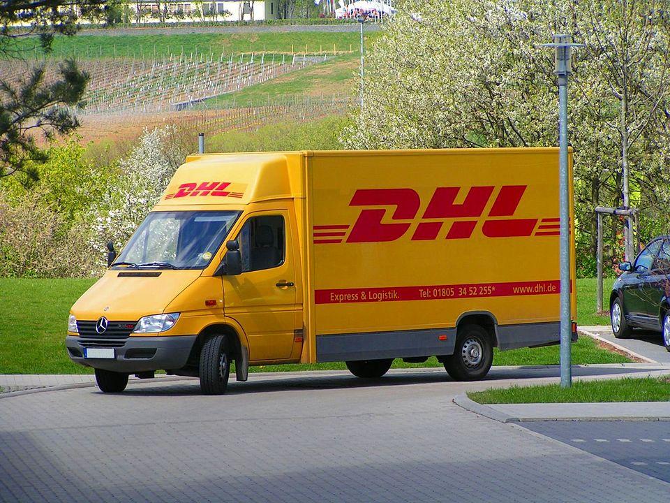DHL Truck | Business Model of DHL | IIDE
