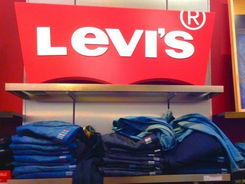 Levi's Jeans | Marketing Mix of Levi's (4Ps) I IIDE