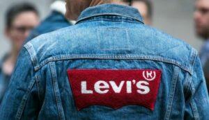 Levi's Denim Shirt | Marketing Mix of Levi's (4Ps) I IIDE