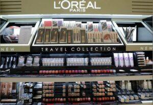 Loreal Display |  Marketing Mix of  L'Oréal  | IIDE